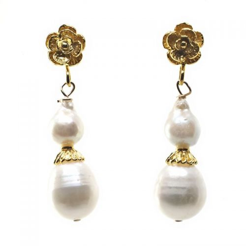 Gold flower and pearl earrings