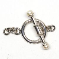 White pearl bar toggle clasp