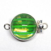 Green wave clasp