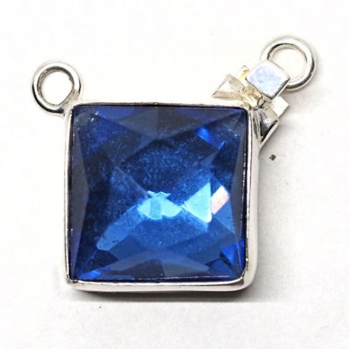 Square blue sapphire pendant clasp