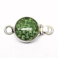 Green basket-weave clasp