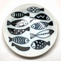 Black and white fish small sauce plate
