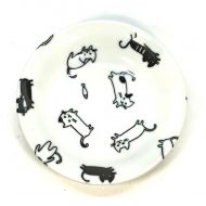 Black and white playful cat sauce dish