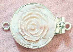 Round pink rose clasp